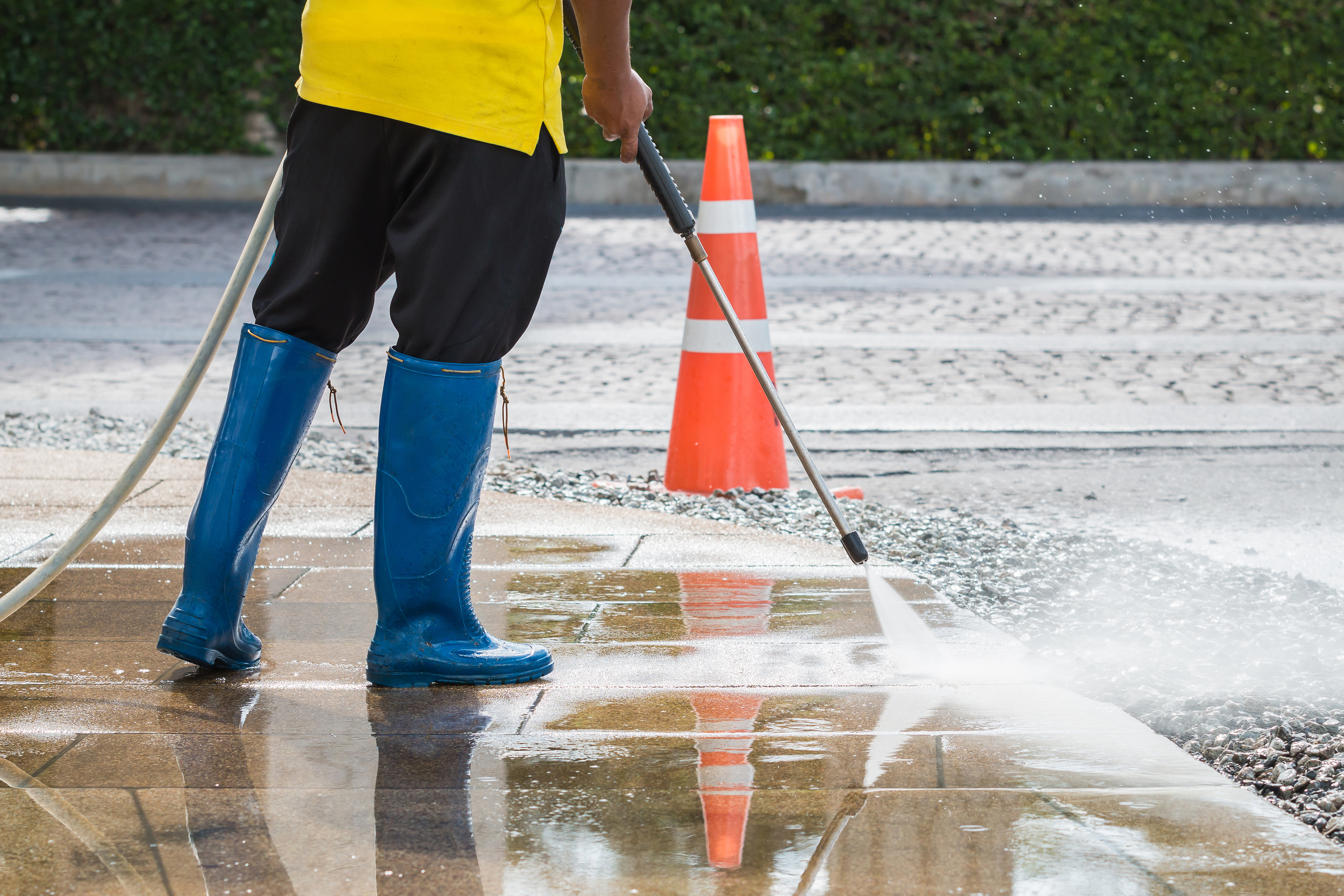 clifton parking lot pressure washing services