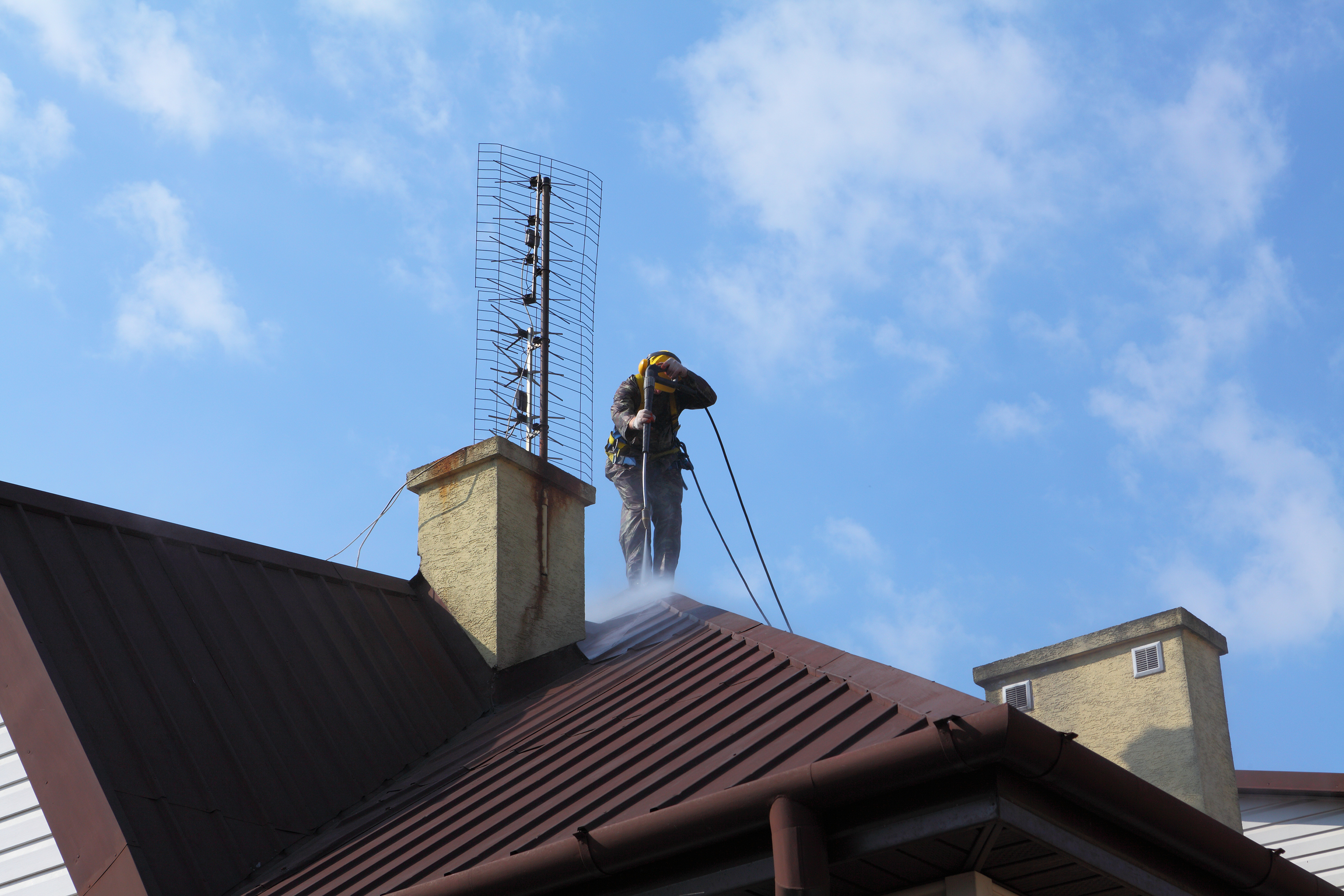 clifotn tx roof cleaning services